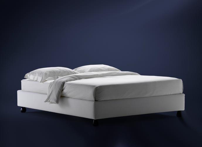 flou sommier bed suite 22 interiors. Black Bedroom Furniture Sets. Home Design Ideas
